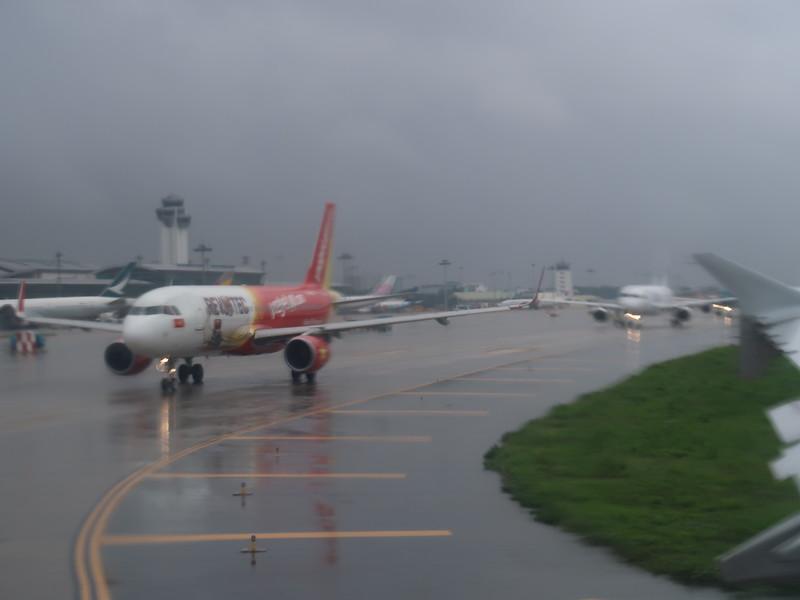 IMG_9096-rainy-takeoff.JPG