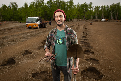 Nicolas Donatelli: Peony Farmer