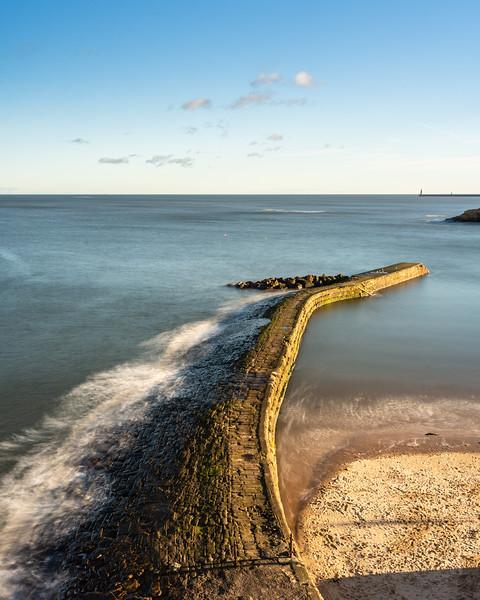 Cullercoats Harbour breakway