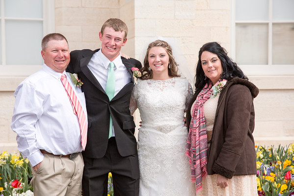 Manti Temple Wedding - Group and Candids