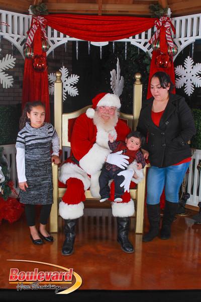 Santa 12-10-16-184.jpg