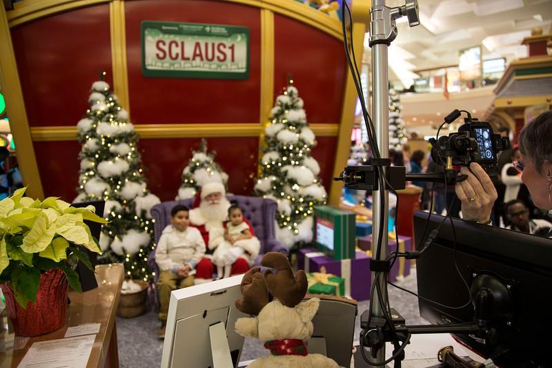 LookingfromBehindScenes_Santa.JPG
