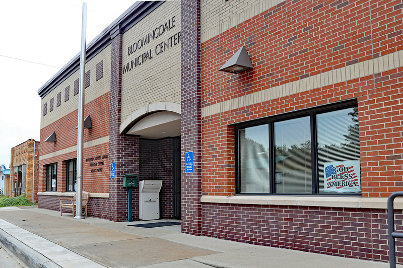 Entrance to Bloomingdale Municipal Center