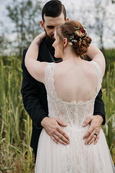 rustic_ohio__fall_barn_wedding-293.jpg