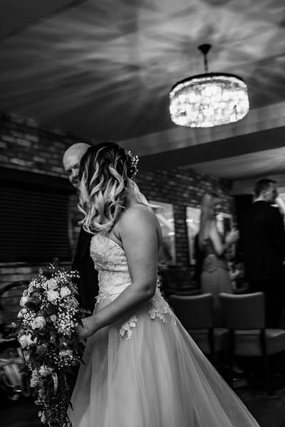 Sam_and_Louisa_wedding_great_hallingbury_manor_hotel_ben_savell_photography-0105.jpg