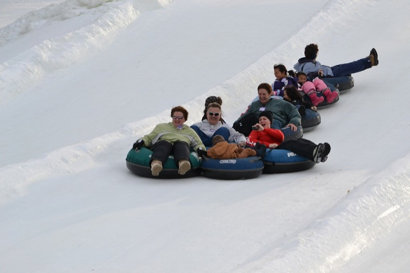 Snow_Tubing_at_Snow_Trails_021.jpg