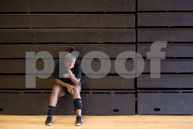 080117_Robert_E_Lee_Volleyball_Tryouts_Web_008