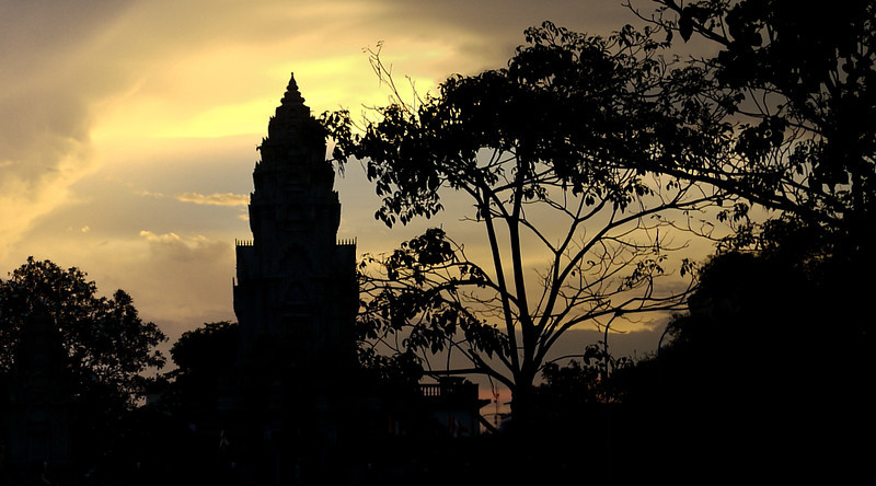 Sunset over the Royal Palace in Phnom Penh, Cambodia