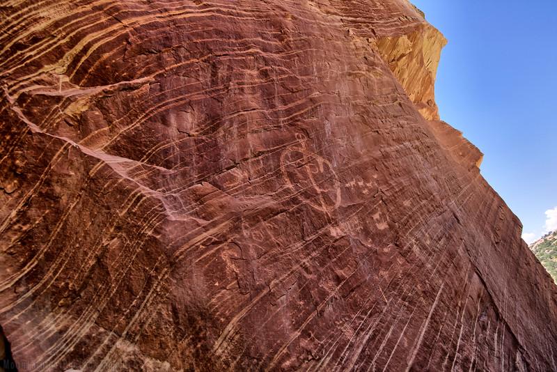 Moonhouse Camping Petroglyphs-.jpg