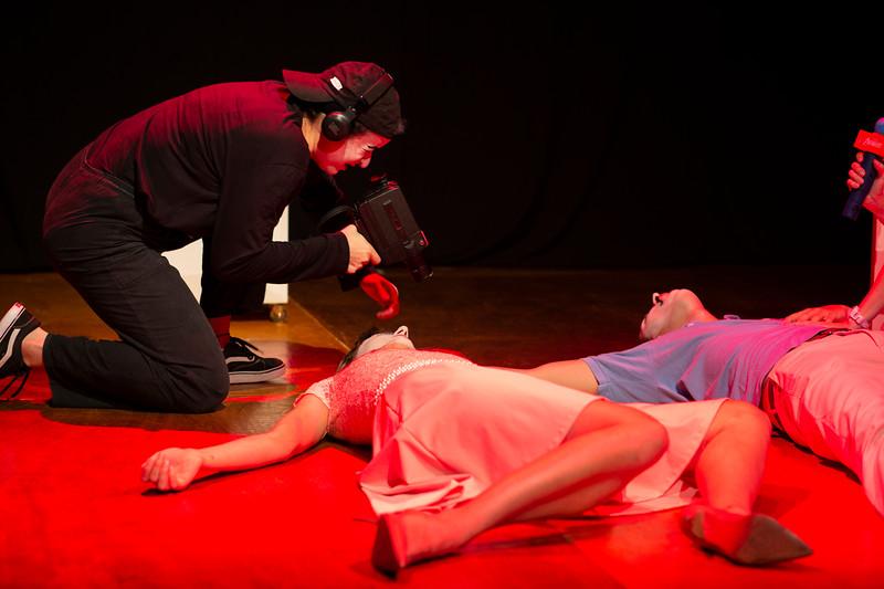 Allan Bravos - essenCIA Teatro - Persona 07-339.jpg