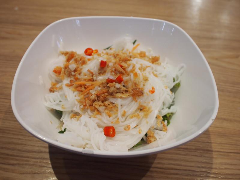 P1069796-kampot-noodles.JPG
