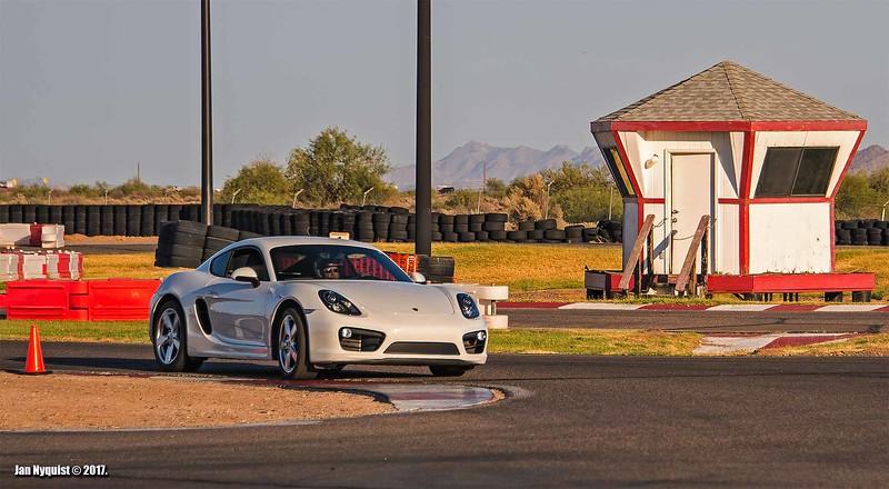 Porsche-Cayman-white-4990.jpg