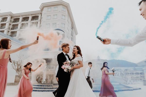 T&T | Intimate Beach Wedding