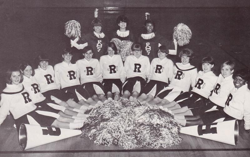 Girls Cheerleaders-3.jpg
