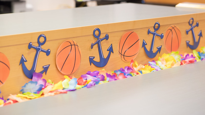 Mary and Jeff Bell Library Homecoming 2018 Decorations