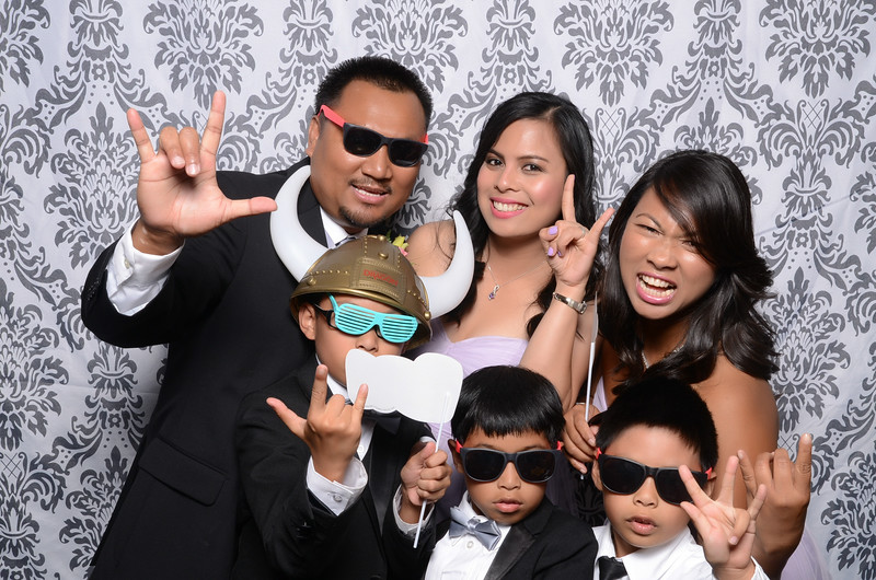newcastle golf course photobooth noemi marlon (187 of 432).jpg