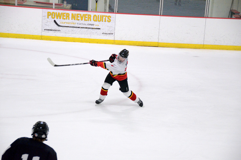 131009 Flames Hockey-033.JPG