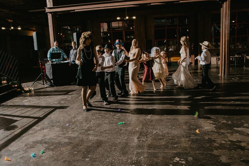 Lacy and Craig-9441.jpg
