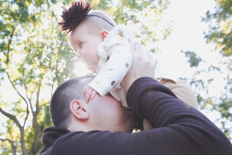 SHAW FAMILY FALL 2014-40.JPG