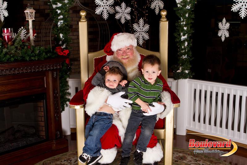 Santa Dec 15-218.jpg