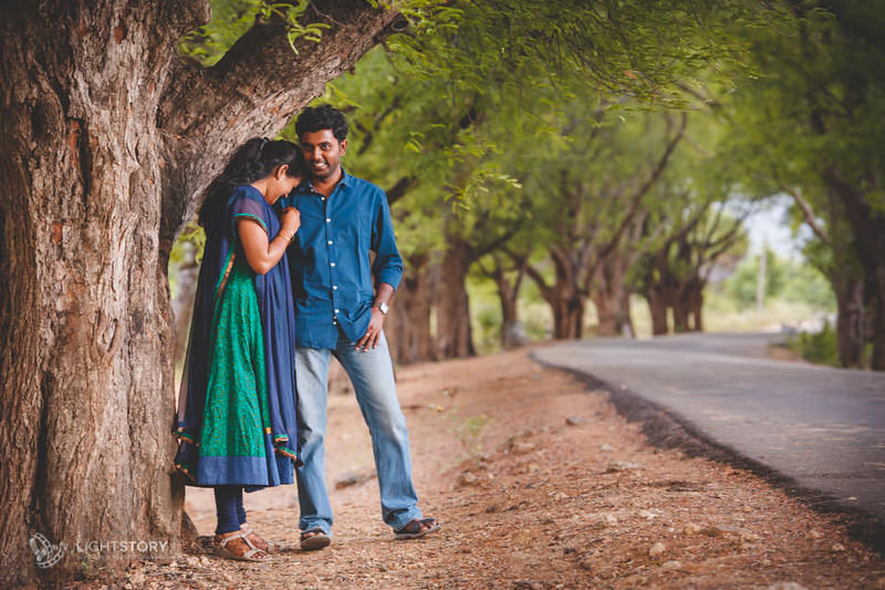 Rajapalayam-CoupleShoot-Varun+Raashmi-lightstory-01.jpg