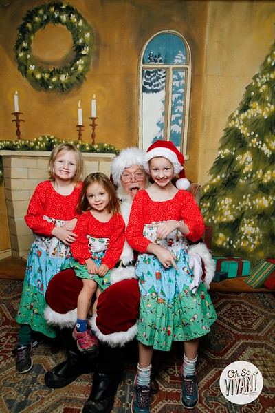 Pictures with Santa @Earthbound 12.1.2018-062.jpg