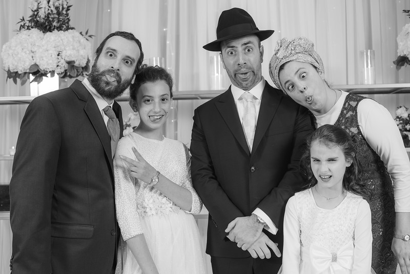 Miri_Chayim_Wedding_BW-152.jpg