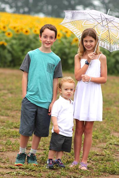 FamilySunflowers_ 70.jpg