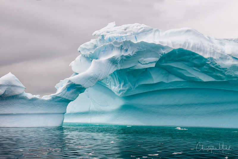 icebergs pleneau island_d3x_20130106_8446.jpg