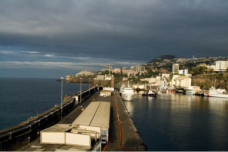 Sunrise at Funchal.jpg