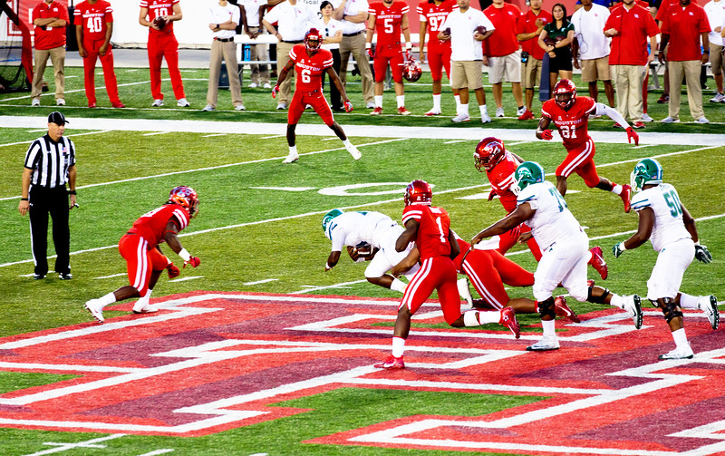 Dace rushes to the Tulane 48-yard line.