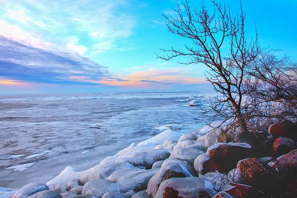 Ice at Victoria Beach 11 19