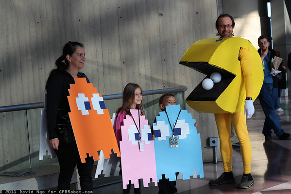 New York Comic Con 2011 - Sunday