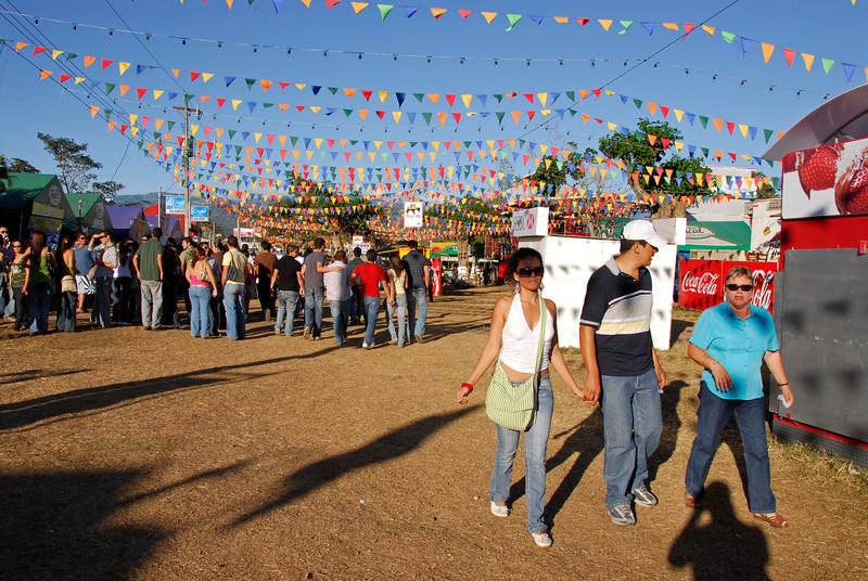 080126 0260 Costa Rica - Palmares Fiesta _P ~E ~L.JPG