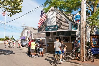What to do on Martha's Vineyard - Edgartown Harbor