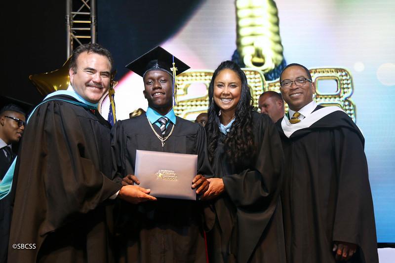20180615_StudentServGrad-diplomas-101.jpg