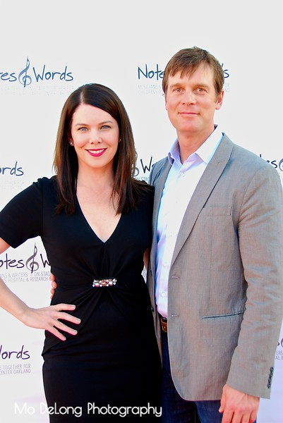 Lauren Graham and Peter Krause.jpg