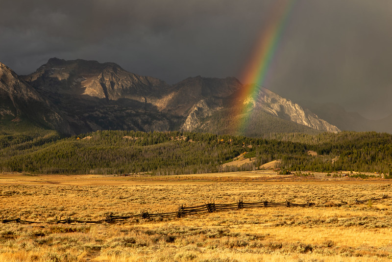 DA054,DT,Sunrise Rainbow at Stanley,ID.jpg