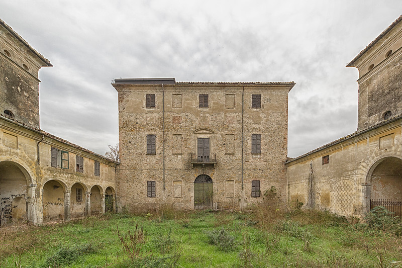 Villa Falsch