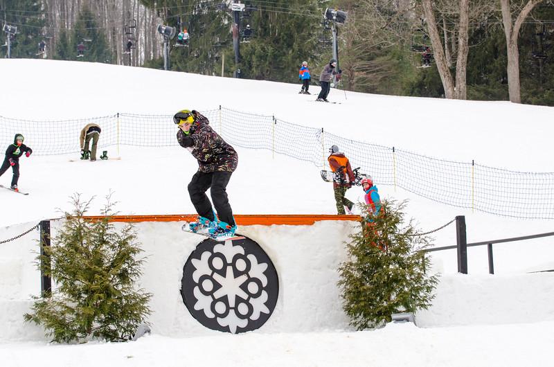 Snow-Trails_Mid-Season-2015-SpFeat-65.jpg
