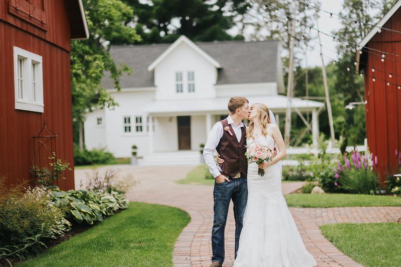Krotz Wedding-106.jpg