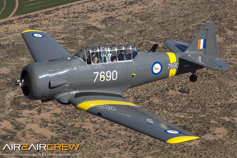 N76BZ-&-N3158G_Wings-of-Flight_T-6_MG_3494.jpg