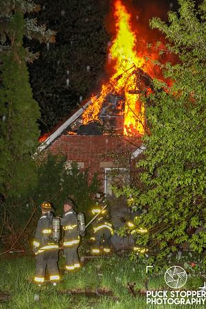 Vacant Dwelling Fire - 13395 Camden, Detroit, MI - 5/13/19