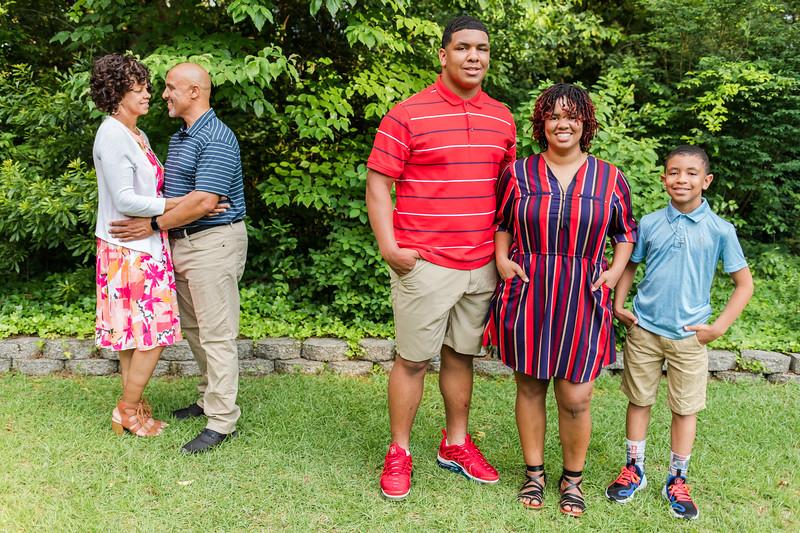Morris Family 6-18-20-44.jpg