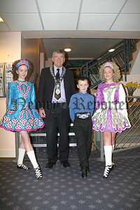 Mayor poses with the Young Irish dancers who provided entertainment for the vistors;Aoife Burns, Eamonn Burns, Laura Mc Grath.07W12N409