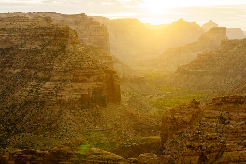 Sunrise at the Little Grand Canyon, Utah.