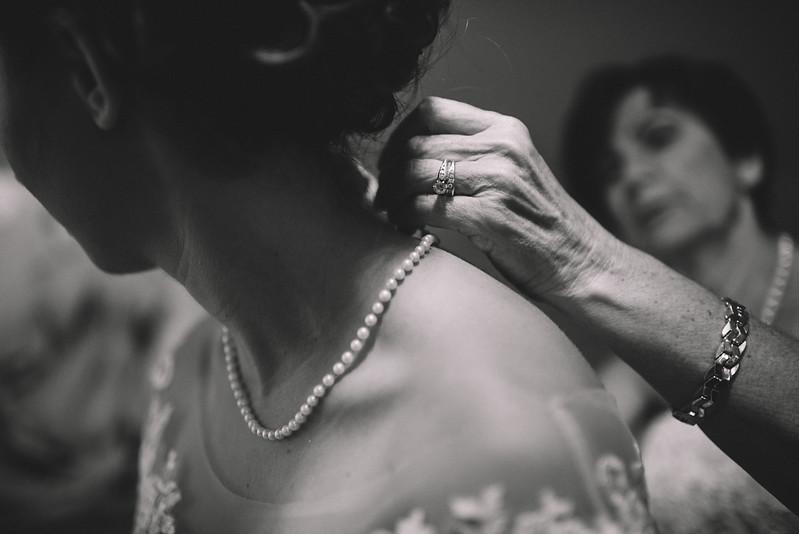 Philadelphia Wedding Photographer - Bernreuther-213.jpg