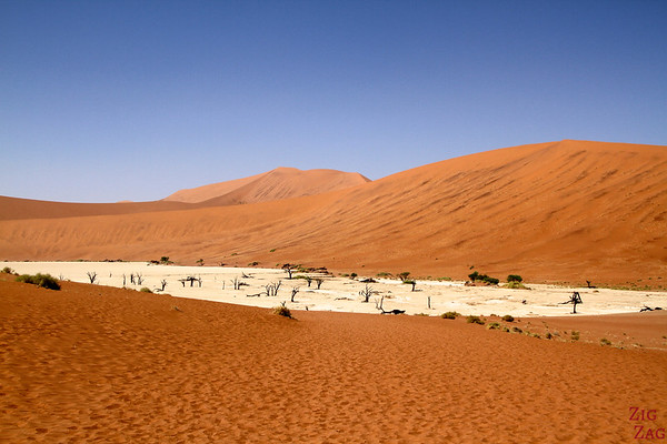 Deadvlei dead lake, Namibia photo 2