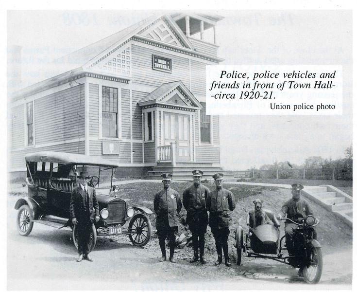 Police dept 1920-21.jpg