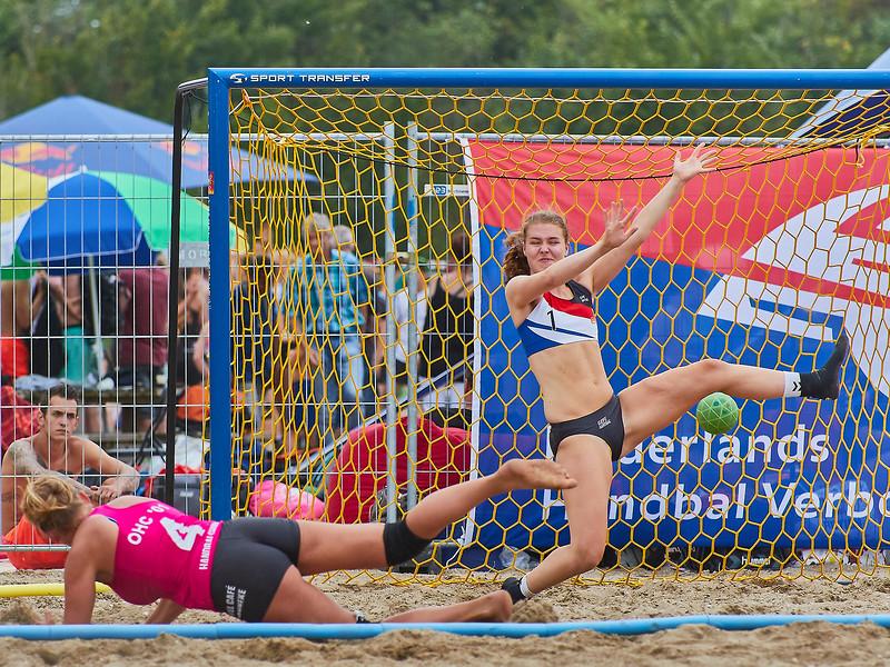 Molecaten NK Beach Handball 2017 dag 1 img 189.jpg